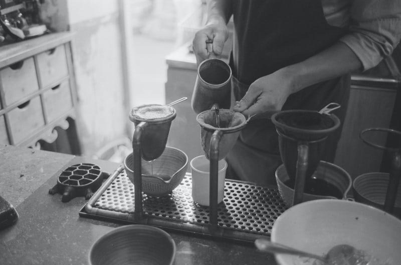 Mạn đàm về văn hóa Cà phê vỉa hè | PrimeCoffee