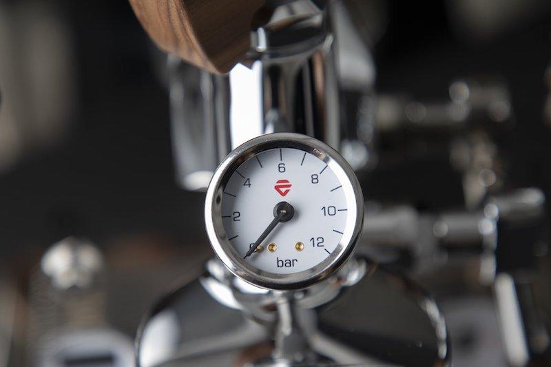 Read more about the article Vai trò của Áp xuất trong chiết xuất cà phê | PrimeCoffee